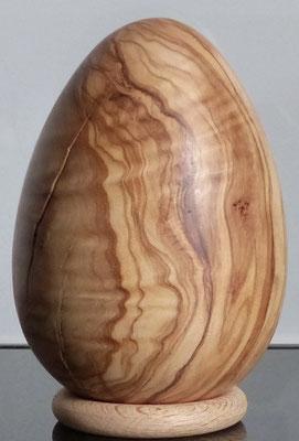 Holzei, zur Deko gedrechselt aus Olivenholz - 11 x 7,8 cm