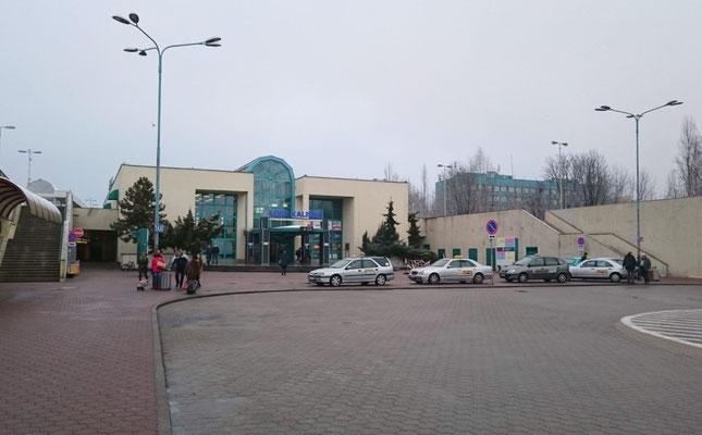 ein Traum der 80er: das Empfangsgebäude Lodz-Kaliska
