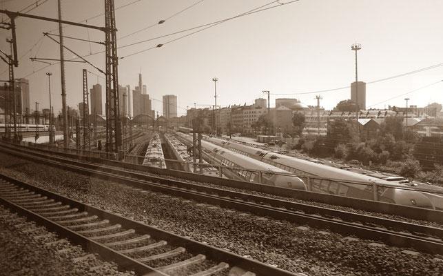 Einfahrt Frankfurt am Main Hbf