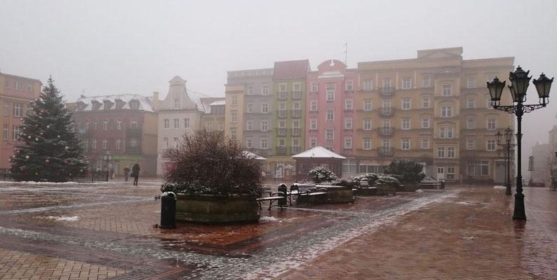 Marktplatz (Rynek) mit Weihnachtsbaum