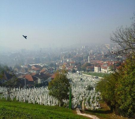 Gräber von im Bosnienkrieg Gefallener