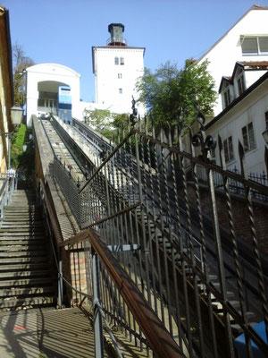 für Kleingeldlose gibt es auch Treppen
