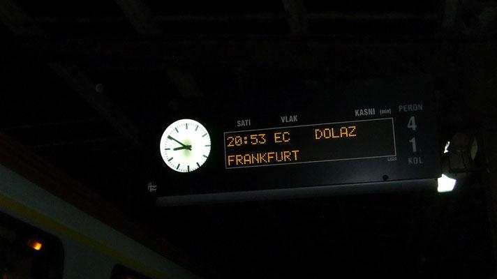 zwei Minuten zu früh: typisch Bahn