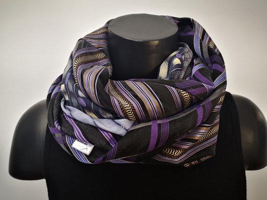 Foulard de cravates violet