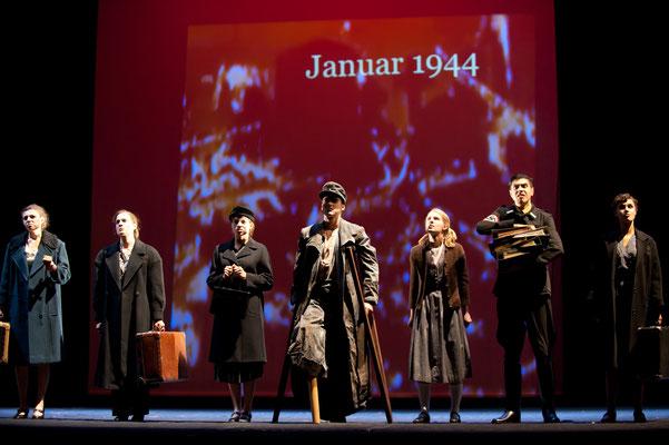 AB HEUTE HEISST DU SARA, Stück mit Musik (Foto: Lioba Schöneck)