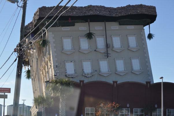 Haus steht auf dem Kopf