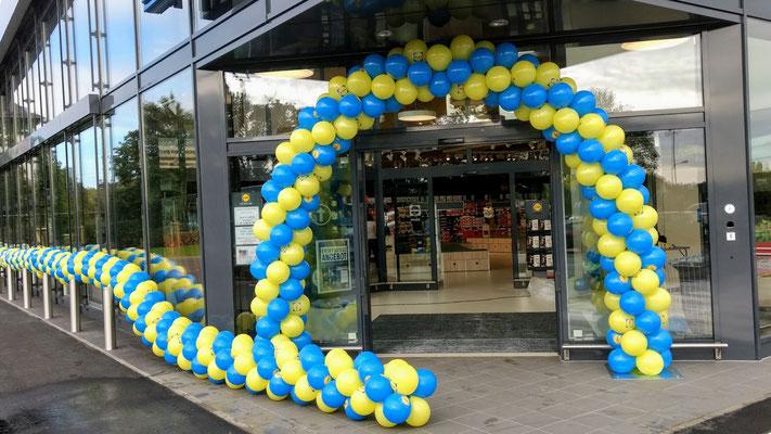 Ballonbogen für Eingangsbereich 4m breit x 3m hoch