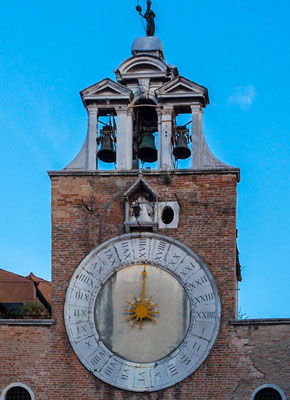 Chiesa San Giacomo di Rialto is known for the large clock from the 15th century above the entrance