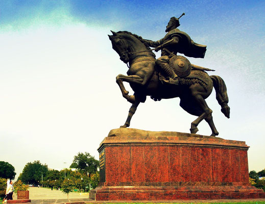 Statue of Temür ibn Taraghai Barlas, known as Amir Temur, the great ruler of Uzbekistan