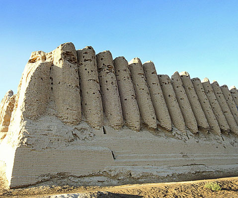 the west facade of the Great Kyz Kala, 7th C. AD