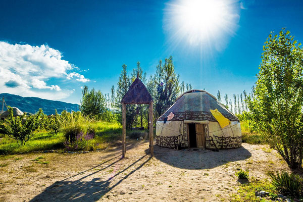 Tosor yurt camp