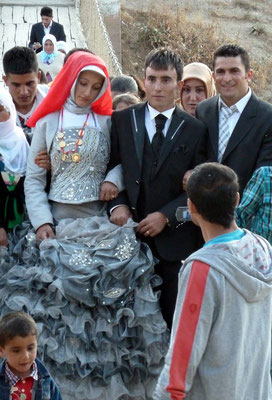 Kurdish Wedding in Muradiye waterfalls