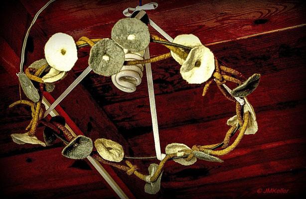 Art Studio BUKON - decoration around a ceiling lamp
