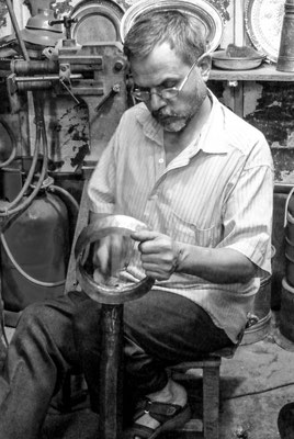 Sanliurfa (in ancient times: Edessa) Kurdistan (Mesopotamia) - Metal worker