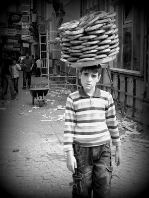 Diyarbakir, Kurdistan - Baker´s boy