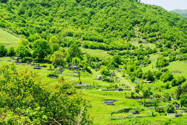 Village Akner, cemetary