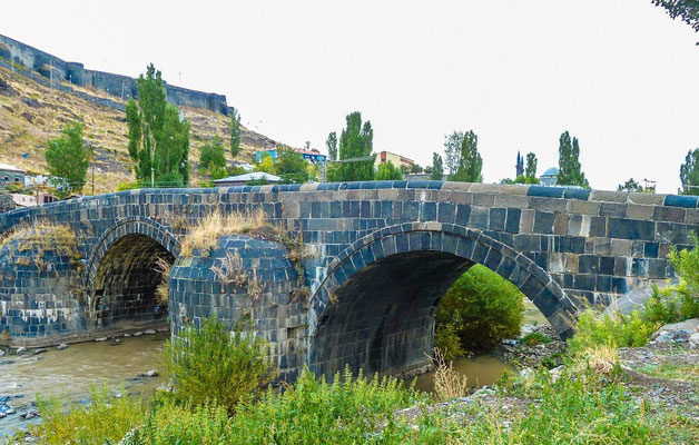 Stone bridge,  over the Kars river, built in 1725