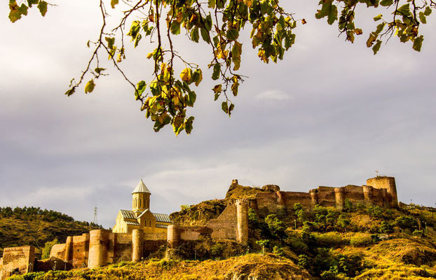"Nariqala fortress, an ancient symbol of Tbilisi's defence. The fortress was established in the 4th century. A theory says it was the name that Mongols used, meaning ""little fortress"". In 1827 it was damaged by an earthquake and was not resorted"