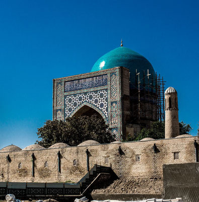 "Kok Gumbaz Mosque (""blue dome mosque"") was built 1435-1436 on the foundations of earlier buildings of pre-Mongol period"