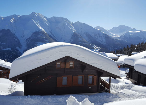 Chalet Balfrin Blick über das Dach
