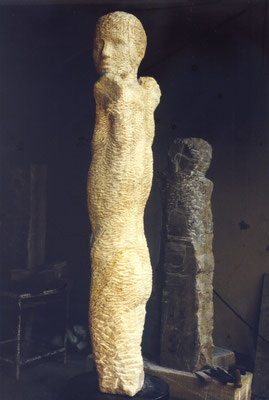 Ohne Titel, 1995, Ibbenbürener Sandstein, 90 cm