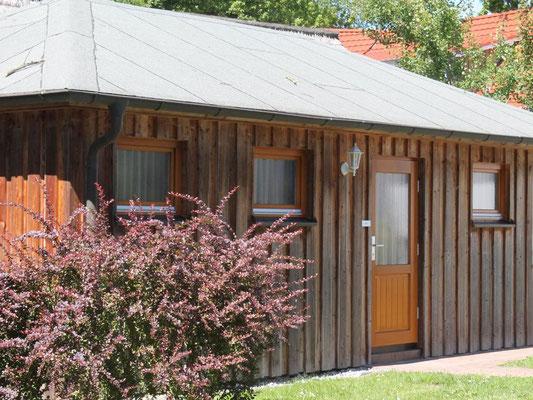 Prerow | Ferienwohnung Buchentraum 1/4 - Blick auf das Saunahaus