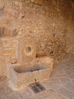 Fontaine au village