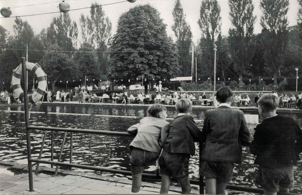 1951 Abendschwimmfest