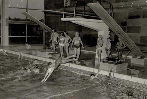 1970 Training Limesbad (stehend von li.: Bernd Möller, Inge Walter, Angela Bockenheimer, Ursula Dillmann)