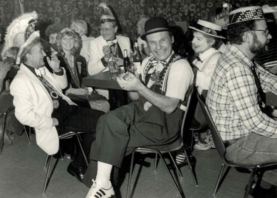 1986 Ramba Zamba (v.l. Wilfried Kromer, Gabi + Willi Hahn, Kurt + Christa Bender, Martin Müller)