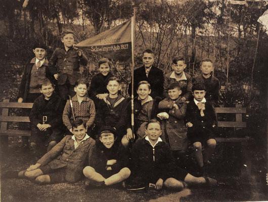 1948-49 ESSC-Mitglieder (3.v.l Hermann Bockenheimer, 1.v.r. Hans Heckert, 3.v.r. Reinhard Bockenheimer, 4.v.r. Ingelore Meuser)