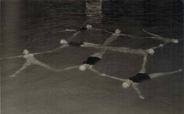 1957 Figurenlegen