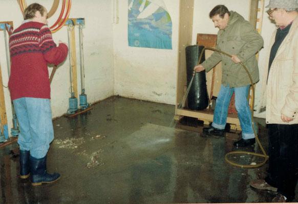 1988 Hochwasser im Clubhaus