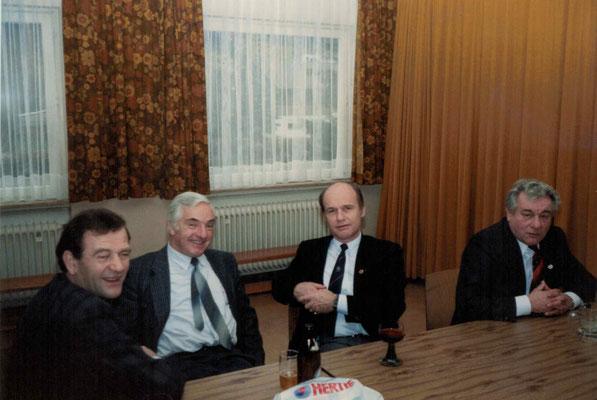 1987 Weihnachten - Karlheinz Eller, Eberhard Kampfenkel, Kurt Bender, Walter Baloun (von li.)