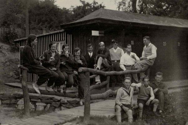1927 Freibad Schwimmerhütte