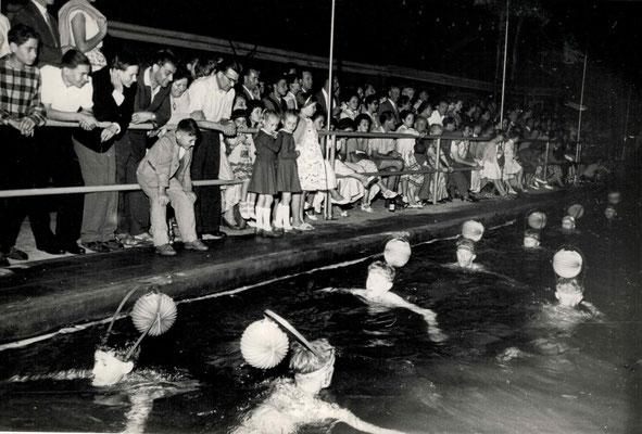1959 Abendschwimmfest Lampionschwimmen
