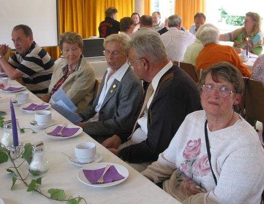 2007 80 Jahre ESSC Feier - Alfons + Dorita Stücker, Christa Bender, ?, Helga Maus (von li.)