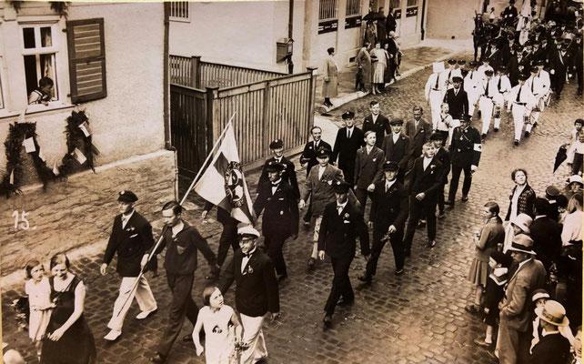 1930er Jahre Umzug Hauptstraße