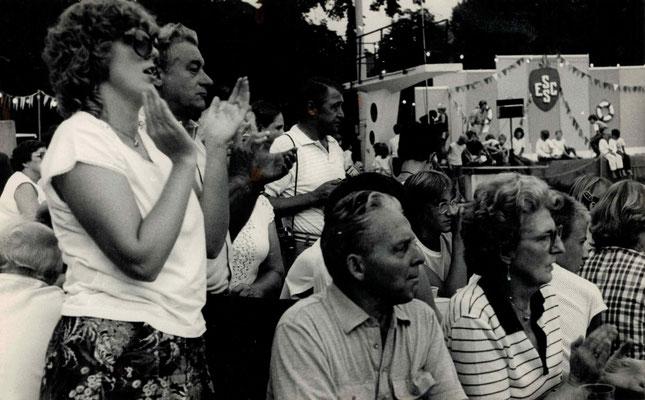 1983 Abenschwimmfest - Annette Gäßler, Walter Baloun, Hans Heckert, Margot Baloun (von li.)