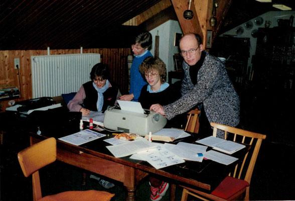 1987 Schwimmer-Redaktion - Birgit Leipner, Christa Bender, Marion Polydore, Kurt Bender (von li.)