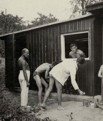 1927 Freibad Umkleidehütte