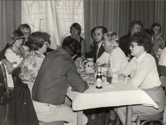 1977 Dankeschönfest - Annette Baloun, Wolfgang Gäßler, Margot + Walter Baloun, Helga Maus, ?, Ursula Dillmann, Inge Fuchs (von li.)