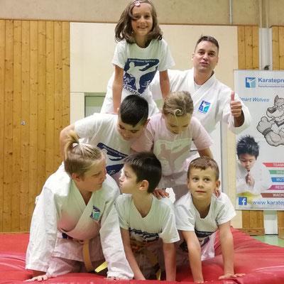 Pyramide Teamgeist Kooperation Spiel der Woche, 7-10 Jahre, Volksschule