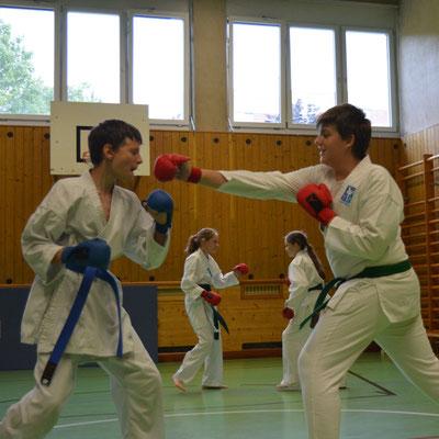 Kampfsport Jugend Mittelschule Gymnasium 11-14 Jahre