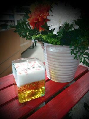 Vela Perfumada fragancia mandarina elaborada en cera vegetal y gel vertida en cristal artesanal