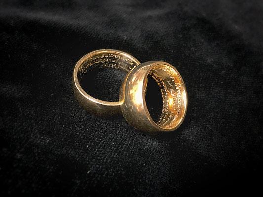 Trauringe - 4 Zeiler mit 180 Zeichen pro Ring