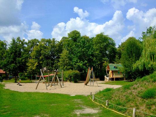 Schulhof © Bruno-Hans Bürgel Grundschule Schöneiche 2019