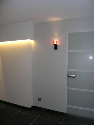 schicke Lichtinstallion im Sportbereich Untergeschoss Ausbau und Umbau zum Wellnessbereich