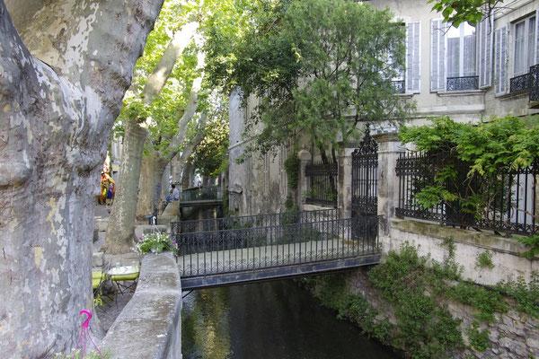 Rue des teinturier Strasse, der Sorgue fluss