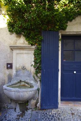 Pernes-Les-Fontaines à 10 km du clos des Sorgues